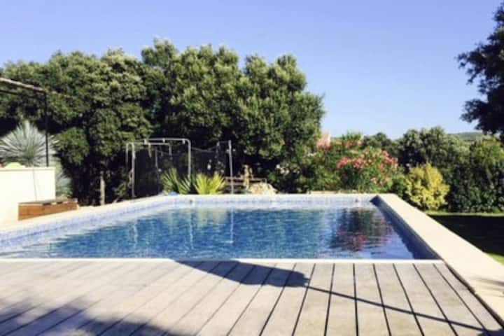 Villa 180 m2 avec piscine, clim, prox. Montpellier