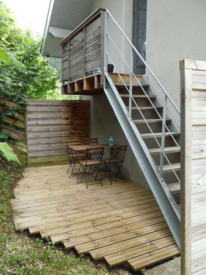 Chartreuse : petit gîte + terrasse au Sappey