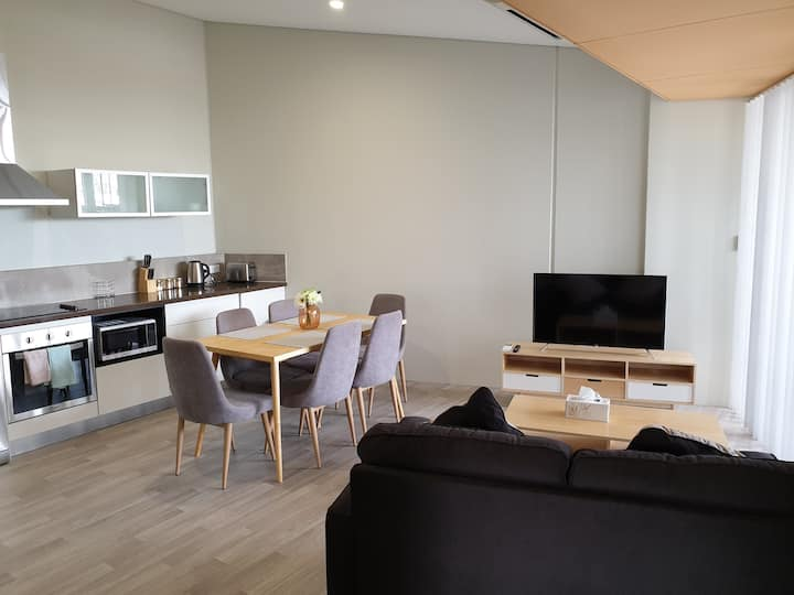 B4: Large and Spacious New Build Private Apartment