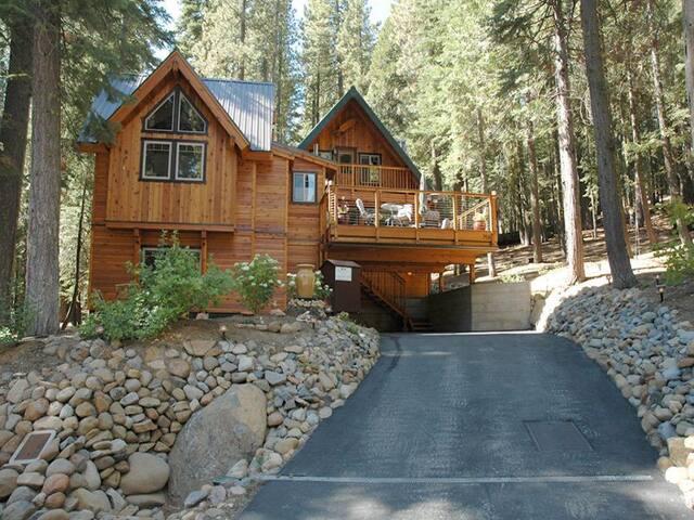 Dougherty - Tahoe City - Hytte