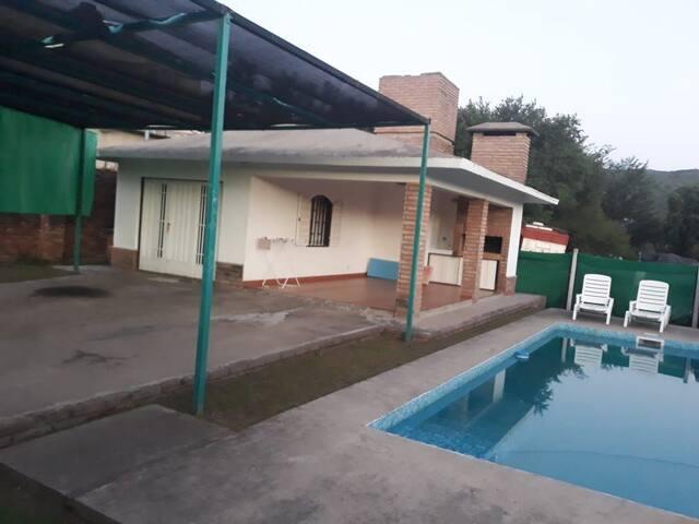 Alquilo monoambiente en San Antonio de Arredondo