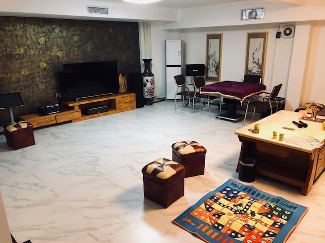 独立温泉三层小洋房-聚会烧烤 k歌 温泉 麻将 乒乓球 台球设施齐全