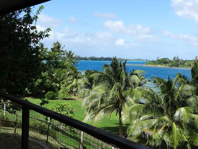 BLUE LAGOON LODGE HUAHINE/COTTAGE, bord de mer