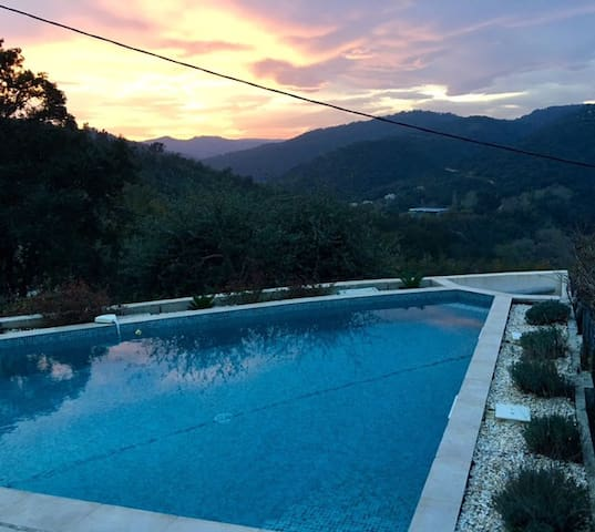 Cosy house with great view & pool - Tanneron - House