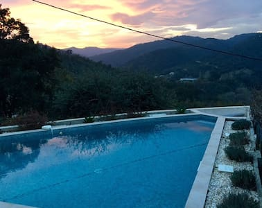 Cosy house with great view & pool - Tanneron - Talo