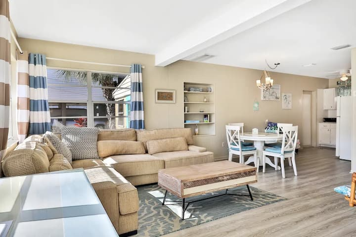 New Listing Beautifully Remodeled Beach House