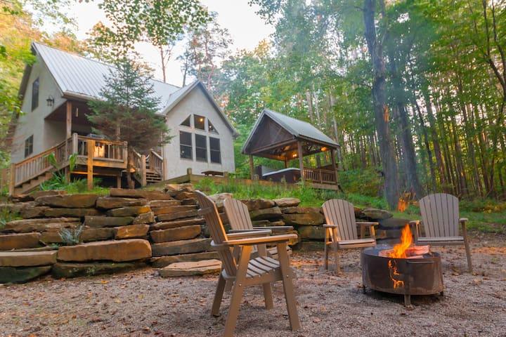 Still Waters - Cherry Ridge Retreat -Hocking Hills Luxury Cabins