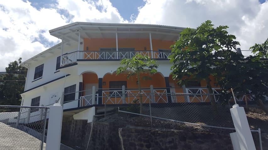 Chateau duVal - Sunny Apartment 1 - Choc - Apartemen