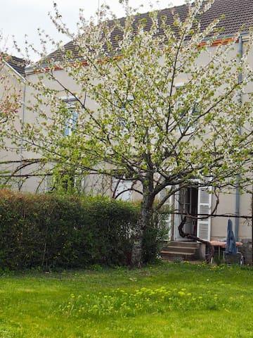 La P'tite Fabrique gîte de 80 m2 et grand jardin