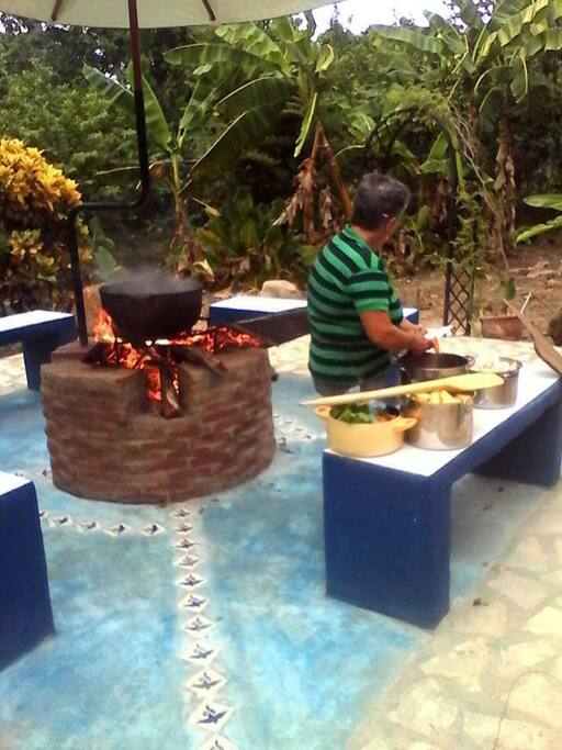 Preparing the vegetables for the Sancocho