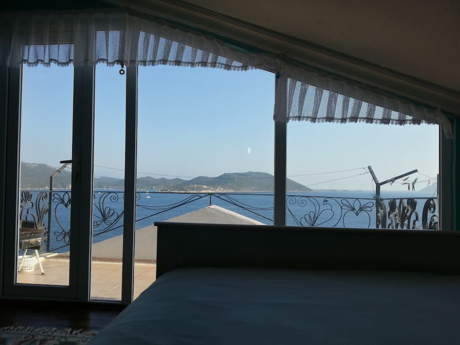 Cosy Top Floor Duplex in Kaş Centre