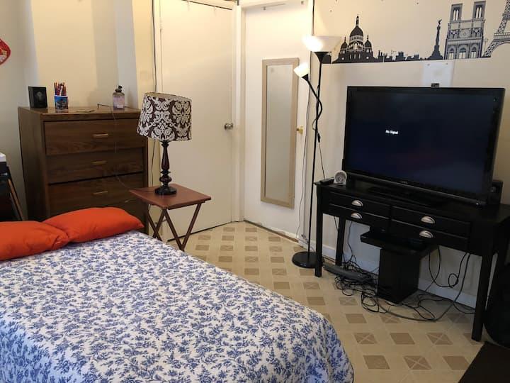 Cozy studio apartment near EWR and NYC