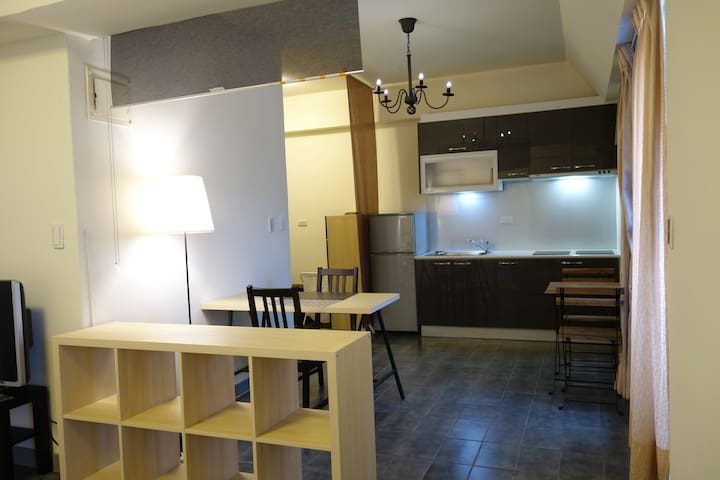 Cozy Western Style Studio@Ximen西門町 - Wanhua District - Apartamento