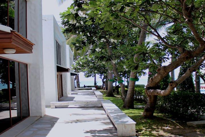 Villa  Hua Hin