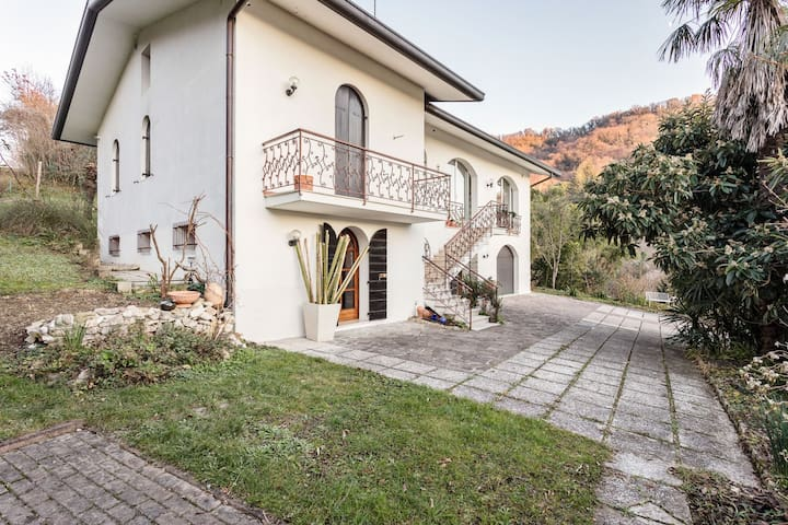 Villa Maria a Tarzo, Panoramic View and 3 bedrooms