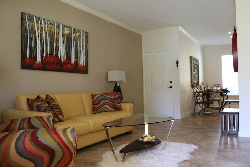 Newly furnished spacious living room