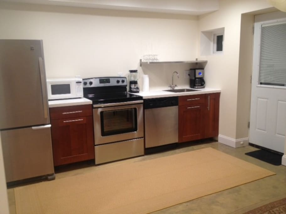 all new stainless steel appliances, full dishwasher, central ac/heat