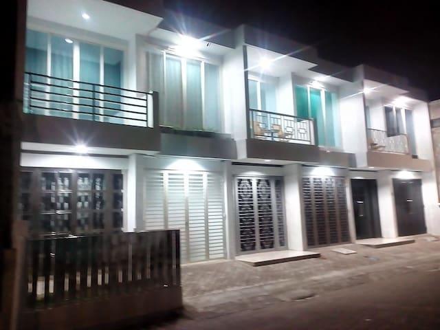 Strategic residence - Semarang - Semarang - Casa