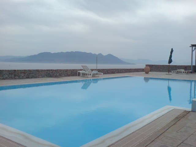 Greek Summer House in Aegina Island - Egina