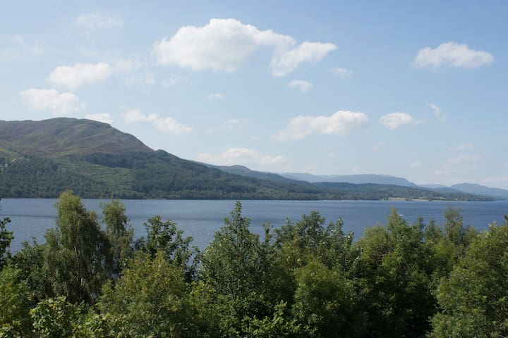 Apartment Lodge at Loch Rannoch
