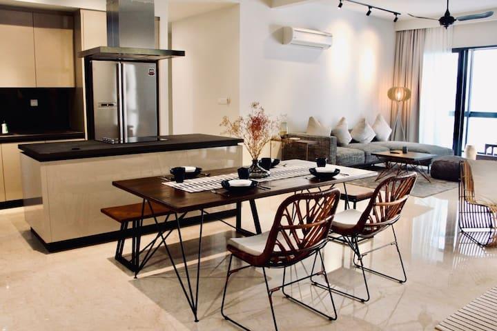[PROMO] 6 pax Designer Home | 5 min MATRADE MITEC