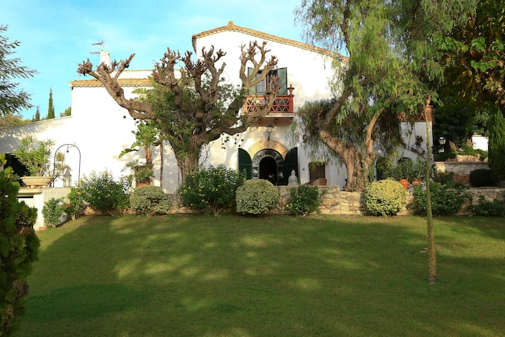 MASIA CAN PARES, set in nature, gardens with pool