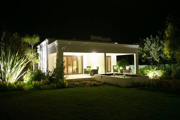 Christofphs Guesthouse  - Nguni Luxury Room