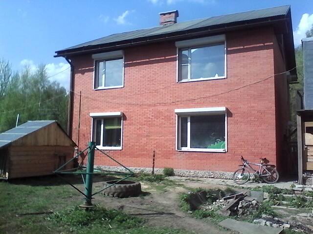 комната в коттедже - Салтыковка - Hus