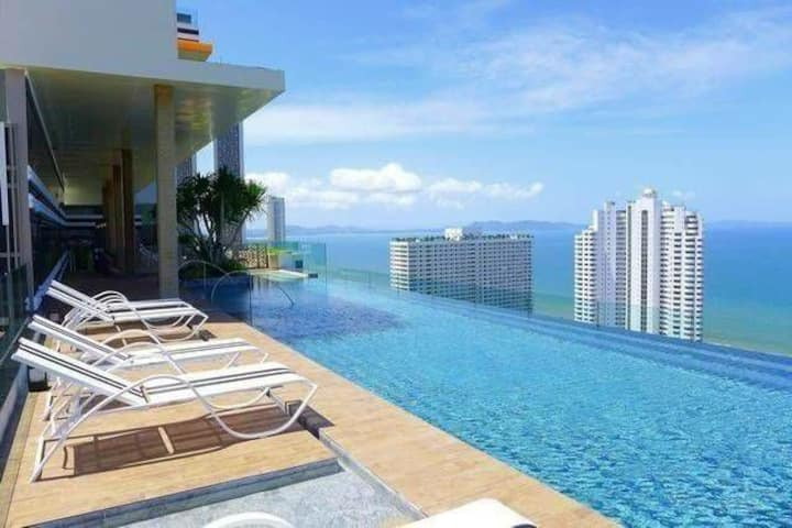 Luxury One Bedroom Riviera Condo By Fernweh ID2101