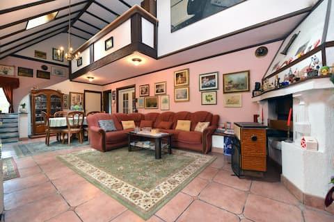 Apartment in Villa Westwood