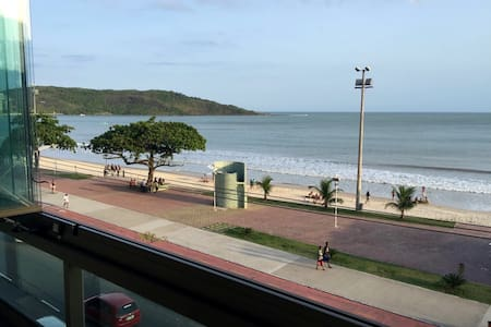 Excelente apartamento frente ao mar - Guarapari