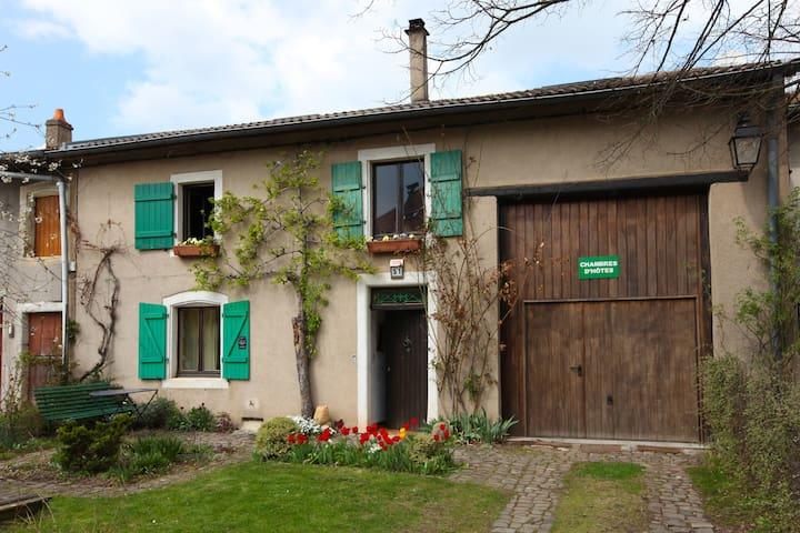 Chambres d'hôtes à Burtoncourt - Burtoncourt - Penzion (B&B)