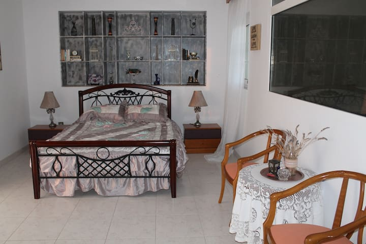 Large private room w/AirCon & bathroom by the sea!