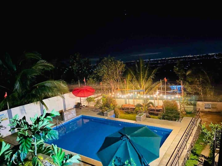 Luke's Haven Private Pool(Overnight 7pm to 7am)