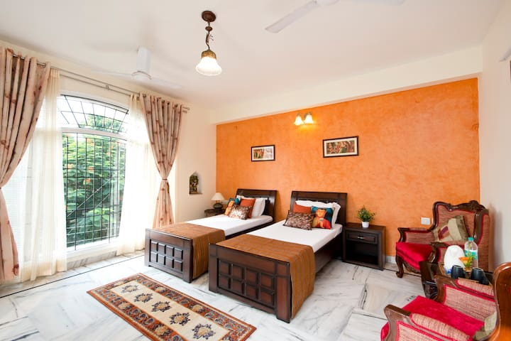 Family studio with terrace in Govt. approved B&B