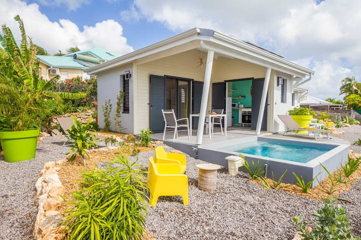 villa Lagon pour 2 pers vue mer, piscine, jardin