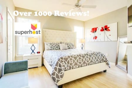 Fantastic Award Winning Renovated 2+2 Near Disney