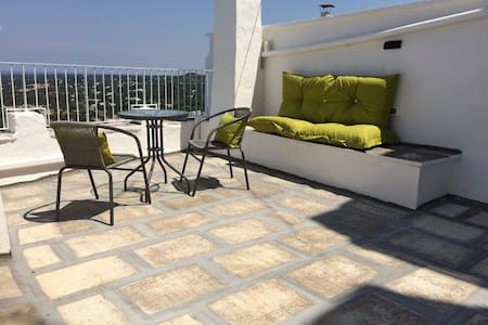 Apartment Vico Pergola with sea view roof terrace