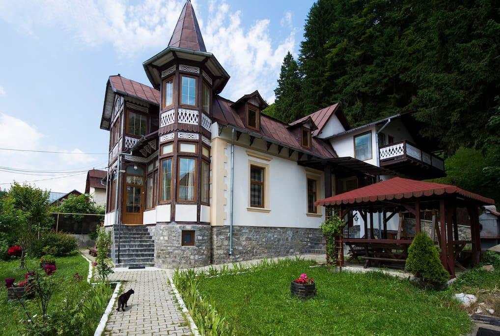 Bradet Villa, Busteni