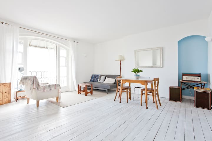 Sea-view Retreat in Old Town - Hastings - Apartemen