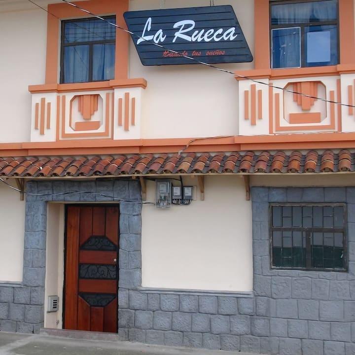 Casa de Hospedaje La Rueca