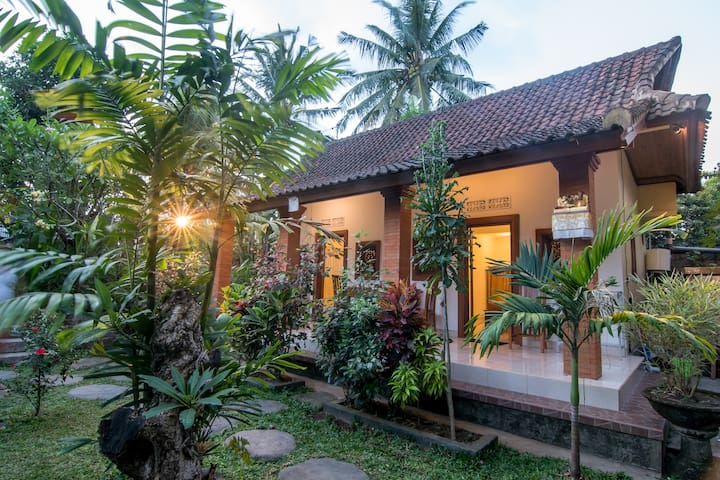 Jempeng Homestay2- New Room-Ubud Center