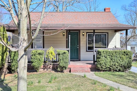 ★Comfortable Space★ NearScenic Hiking & River. 2BR