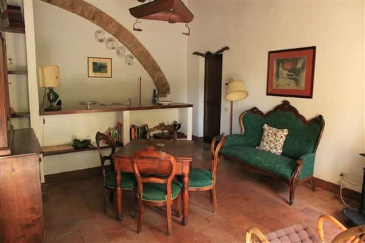 Apartment in hamlet of 1200 apt n° 2