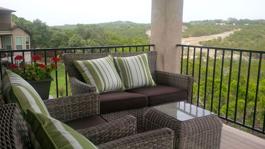 Peaceful retreat in Hill Country