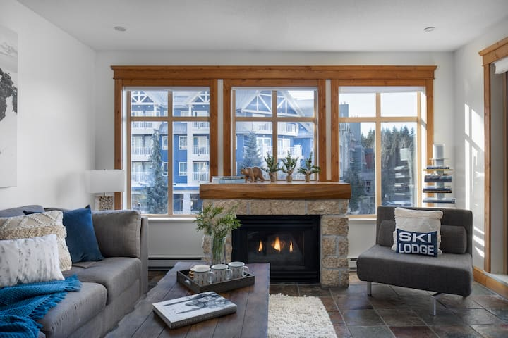 The Explorer's Hideaway-Nestled in WhistlerVillage