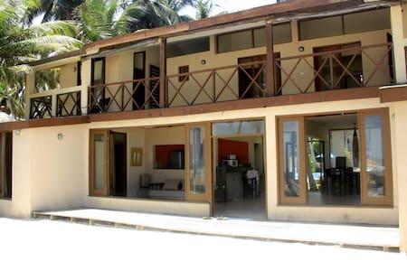 Villa TASHA - Assouindé