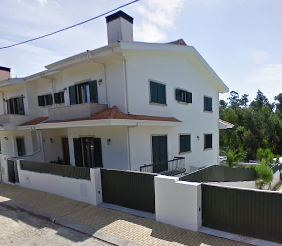 Family House in a quiet location - Aveiro - Casa