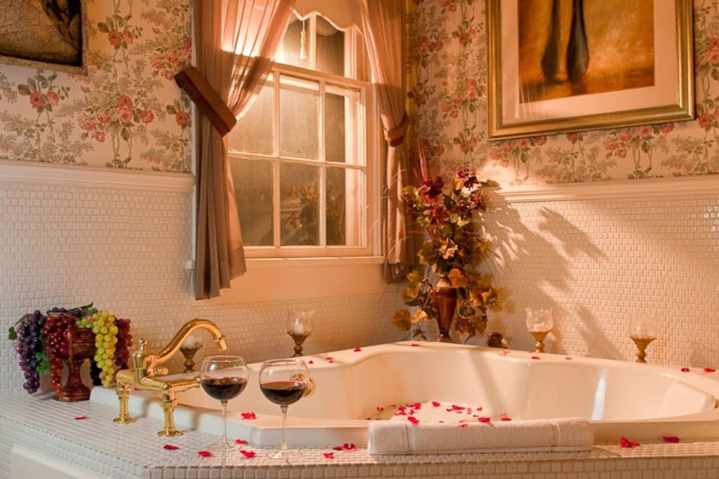 Private bath with Jacuzzi tub for two!
