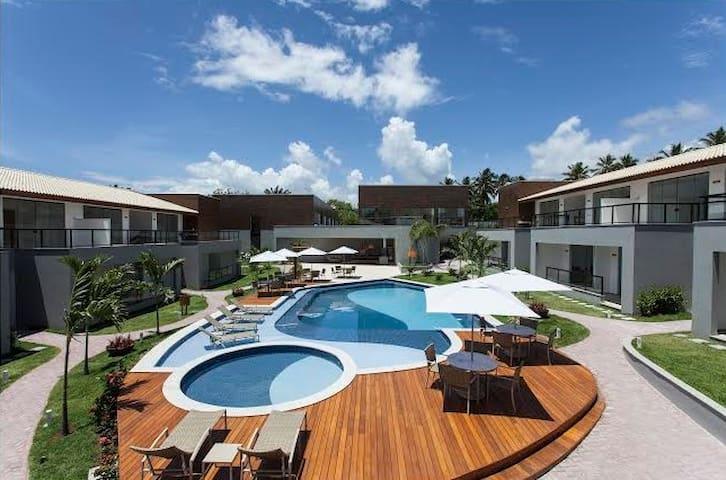 Maravilhoso condomínio Solaris Imbassaí - Bahia - Apartamento